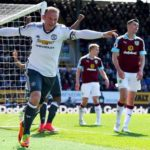 Manchester United crushed Burnley to cruise on top