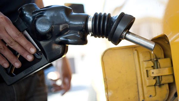 Fuel Scarcity: Marketers, Federal Government finally agree on price
