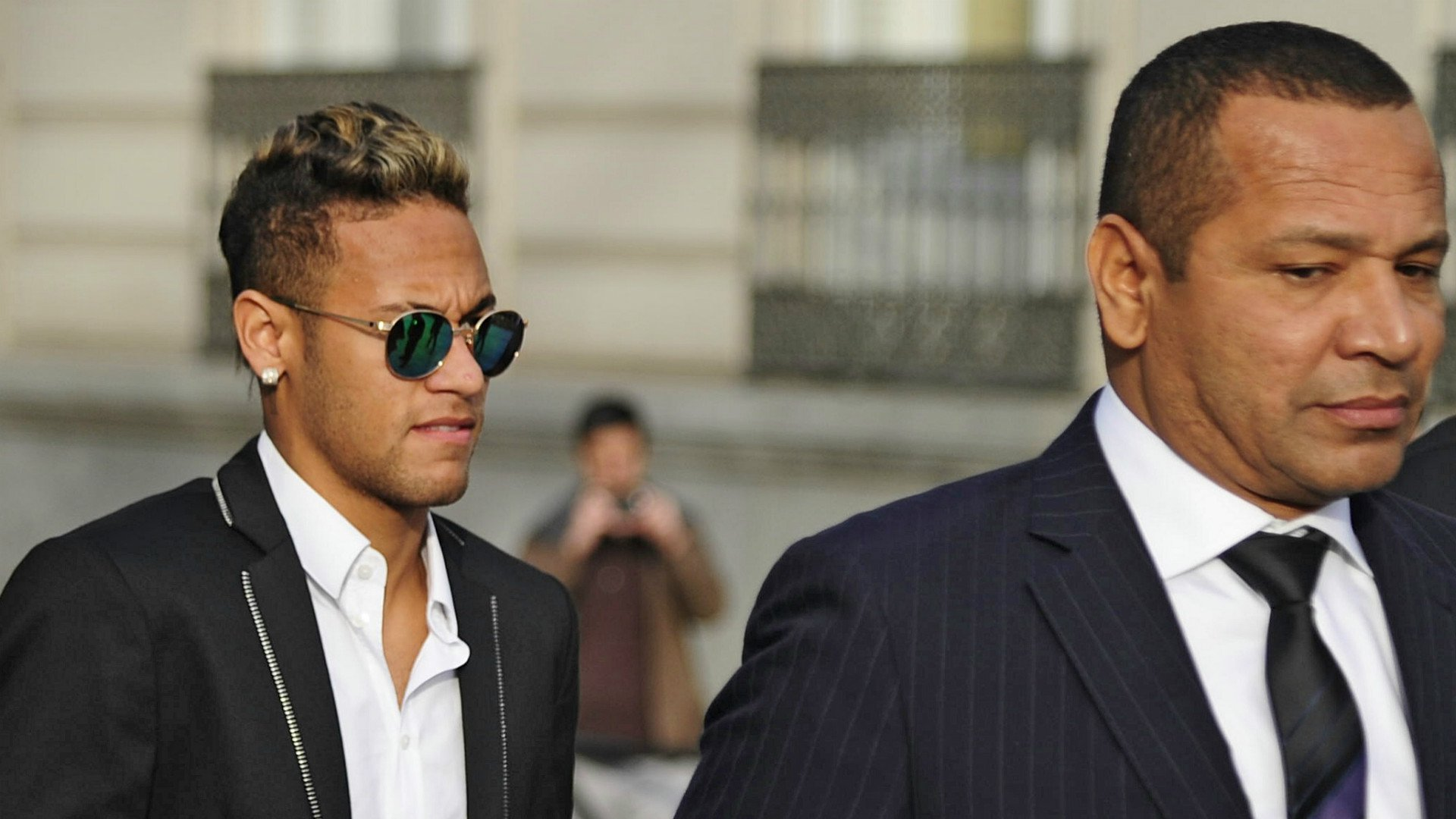Neymar's father discloses why son dumped Barcelona for PSG