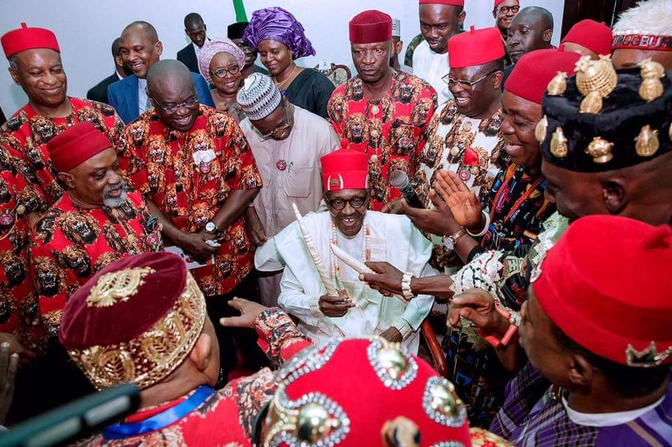 leaders, Biafra: I wept at the stupidity of Igbo leaders, they are chained slaves – Blogger