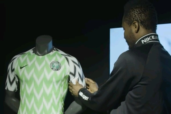 Photo of Mikel Obi, Others react to the Super Eagles new lucky-charm jersey