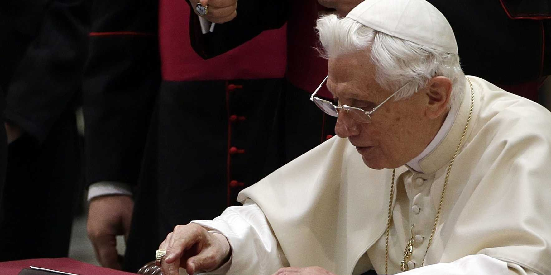 Breaking News: Pope Benedict in a very critical condition