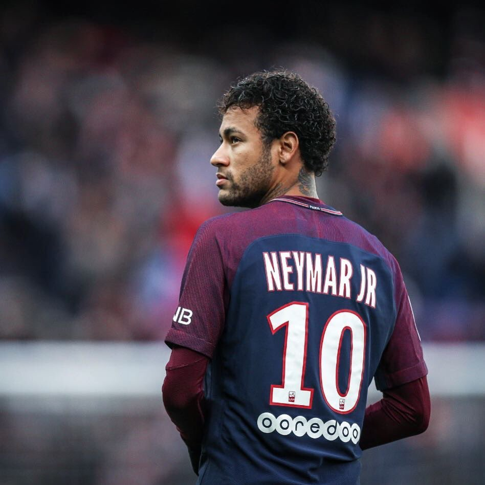 Neymar, Football: Neymar wants to return to Barcelona