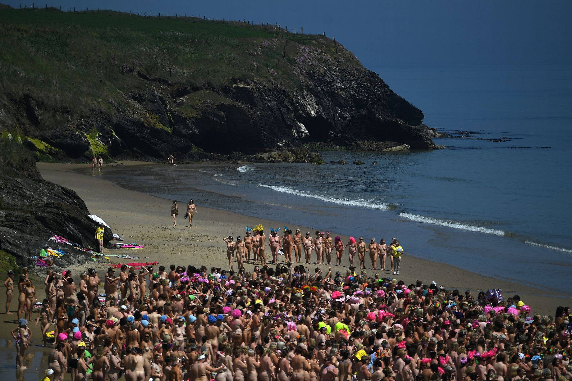Cancer, New skinny-dipping world record set by thousands of women – and raised funds to fight cancer too