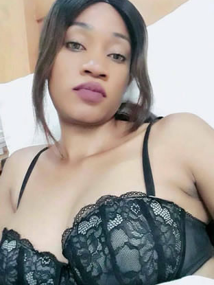 Wicked Lover leaks nud9e photos and video of Zambian Slay Queen online 18+