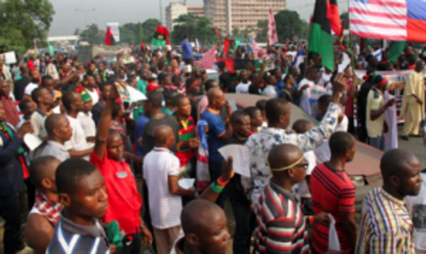 Photo of IPOB raises alarm over plot to re-arrest recently released members
