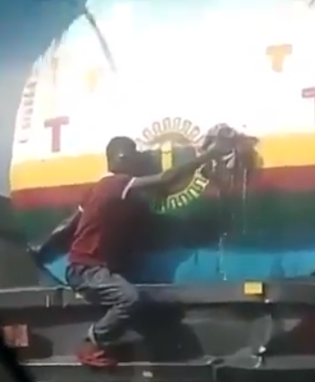 Video: Leaking NNPC petrol tanker spotted on the road in Lagos