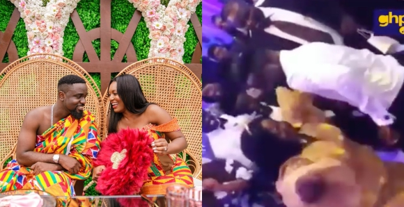 Photo of Sarkodie, Mum show off dancing skills at his wedding reception (Video)
