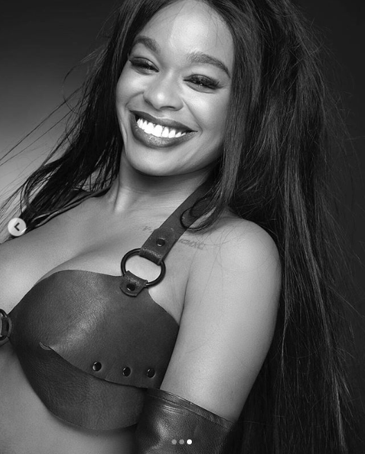 Controversial Azealia Banks showcases her bare bum in raunchy outfit