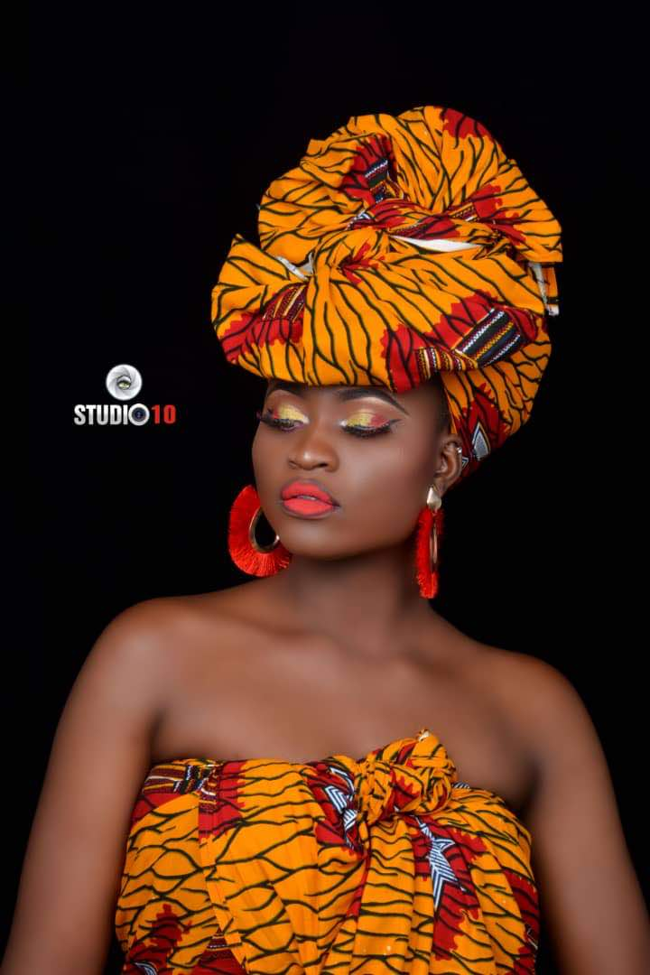 Queen Freda Fred looks adorable in a traditional outfit