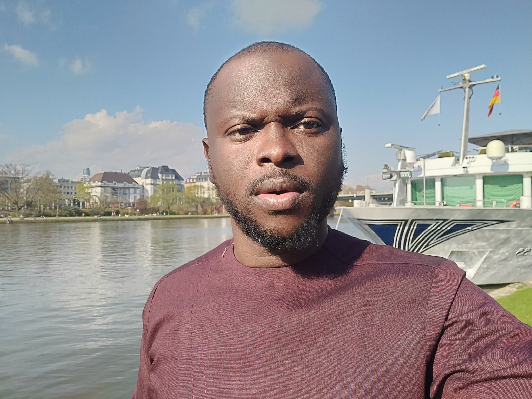 Nigerian man mocks Nigerian doctors after a German doctor took just two minutes to diagnose a problem that has bugged him for 15 years