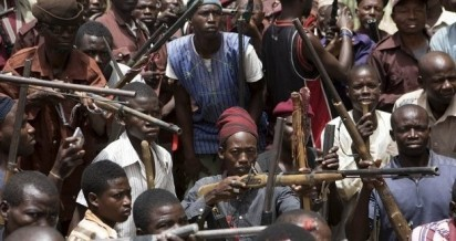South west hunters, Boko Haram: South West hunters offer to help soldiers, presidency