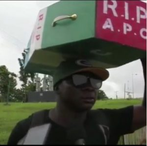 Man Who Trekked To Celebrate Buhari's Election Victory, Treks To Abuja With APC Casket (Photos)