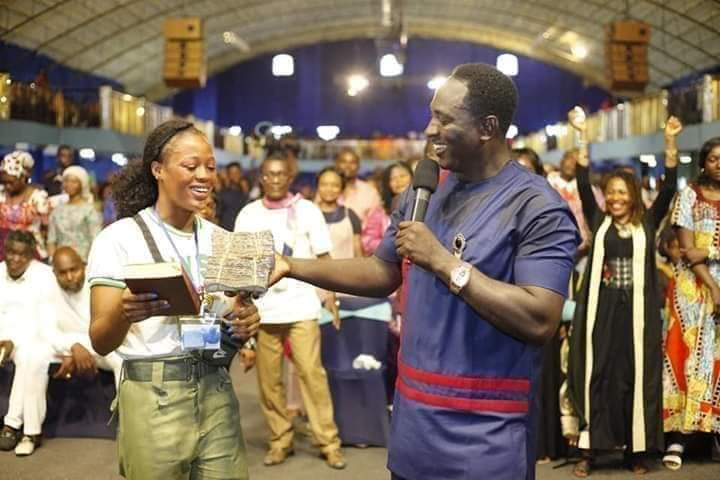 , Stephanie Idolor receives 2 million naira reward from Prophet Jeremiah  for success' viral video (Watch), Latest Nigeria News, Daily Devotionals & Celebrity Gossips - Chidispalace