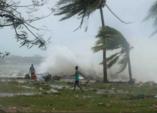 , Over 100 people dead, 200 missing as cyclone hits Mozambique and Zimbabwe