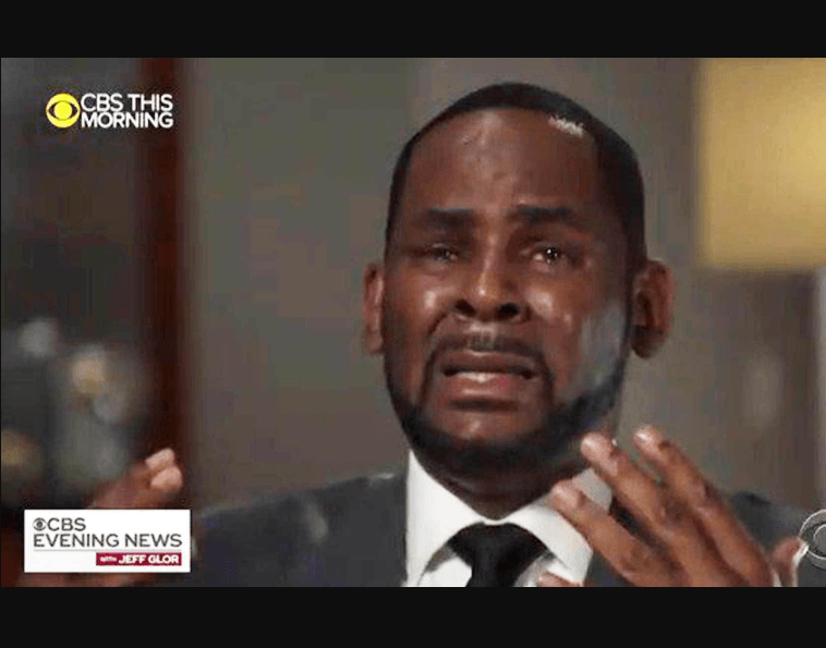 Photo of R Kelly breaks down in tears as he adamantly denies allegations in his first explosive interview after sexual assault charges (Video)