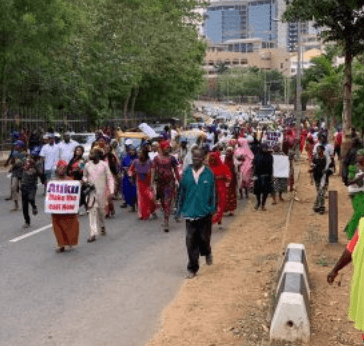 Photo of Two million women storm Abuja to beg Atiku to concede defeat and congratulate Buhari