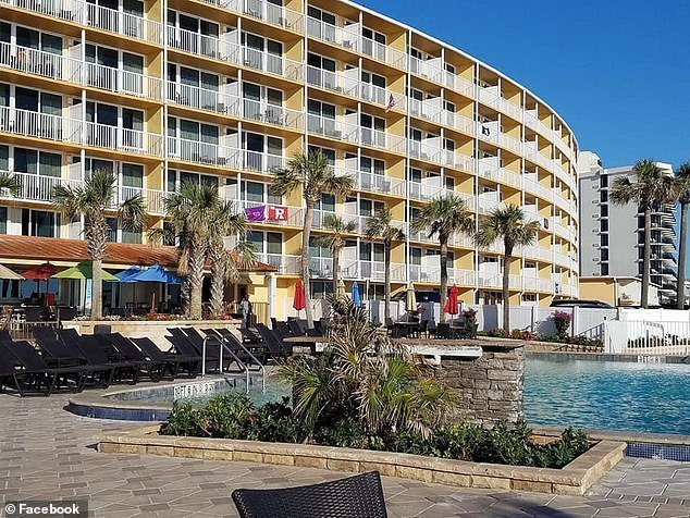 , 19-year-old Florida lady falls to her death from hotel balcony during argument with boyfriend