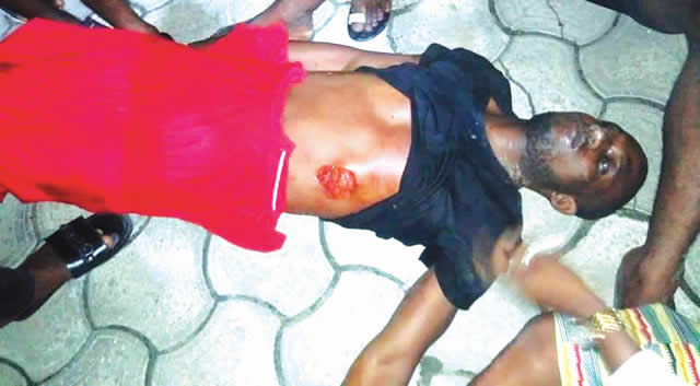 policeman allegedly stabs youth to death