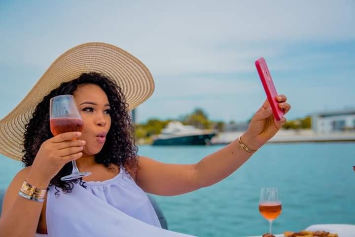 Beauty Queen, Read Touching Note Ex-Beauty Queen Left On Facebook After Birthday Cruise (Photos)