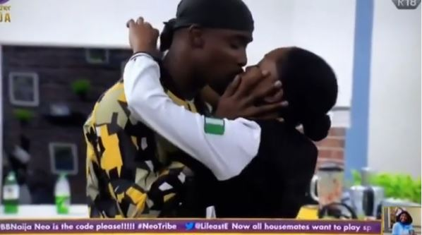 BBNaija 2020: Fans confirm Neo having sxex with Vee, BBNaija 2020: Fans confirm Neo having sxex with Vee, why it was not filmed (Video), Latest Nigeria News, Daily Devotionals & Celebrity Gossips - Chidispalace