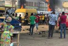 #EndSRS: Orile Police set ablaze by hoodlums as protest intensifies (Video + Photos), #EndSRS: Orile Police set ablaze by hoodlums as protest intensifies (Video + Photos), Latest Nigeria News, Daily Devotionals & Celebrity Gossips - Chidispalace