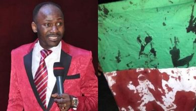 "Photo of Lekki Toll Gate Massacre: ""Let his days be few and let another take his office – Apostle Suleman lay curses"